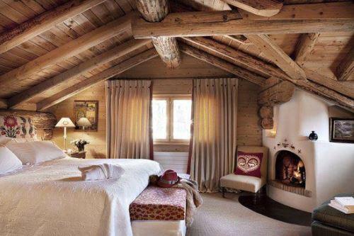 wooden-home-interior.jpg